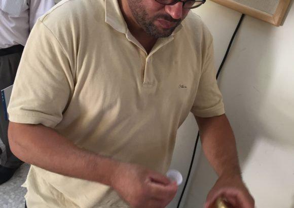 Raccolta campioni miele da analizzare